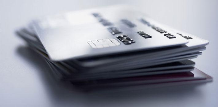 信用卡使用不良习惯 你占了几条?
